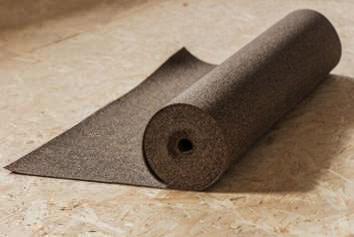 Gumovo-korkový materiál
